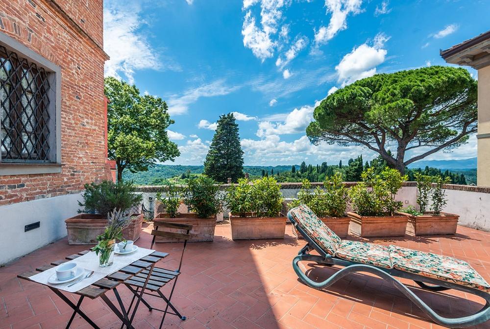 appartamenti-con-terrazza-privata-toscana