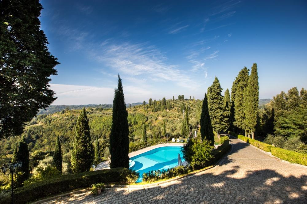 casa-vacanze-con-piscina-vicino-a-san-miniato