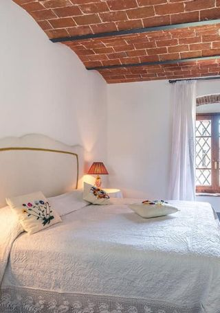 camera di un appartamento per vacanze, bilocale in toscana