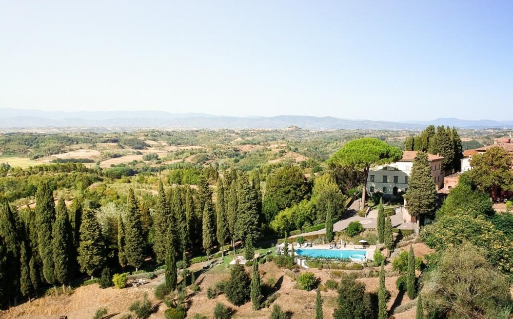 Casa-vacanza-con-piscina-Toscana