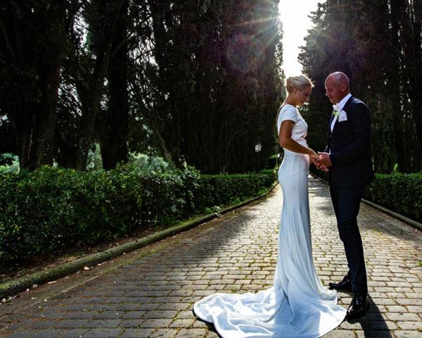 Ida e Roger, matrimonio in villa toscana
