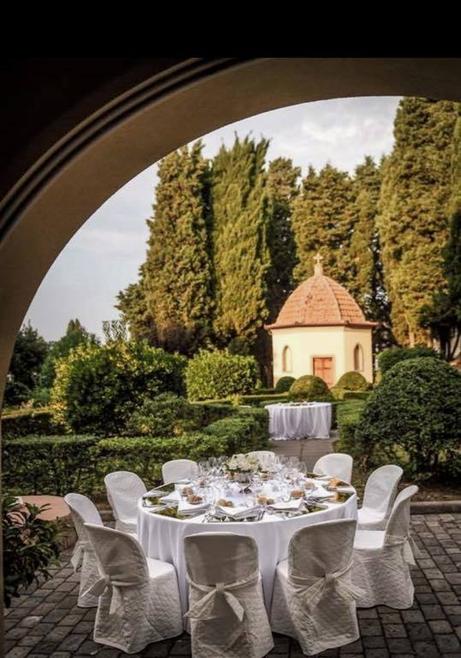 location matrimonio villa toscana, allestimento tavoli